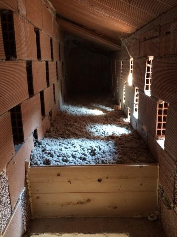 Servizio di isolamento termico per sottotetto